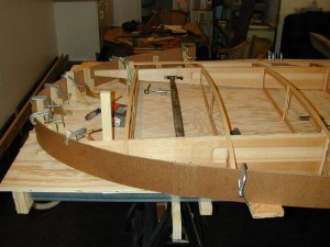 Wing tip bow layout